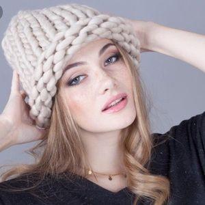 Chunky yarn beanie